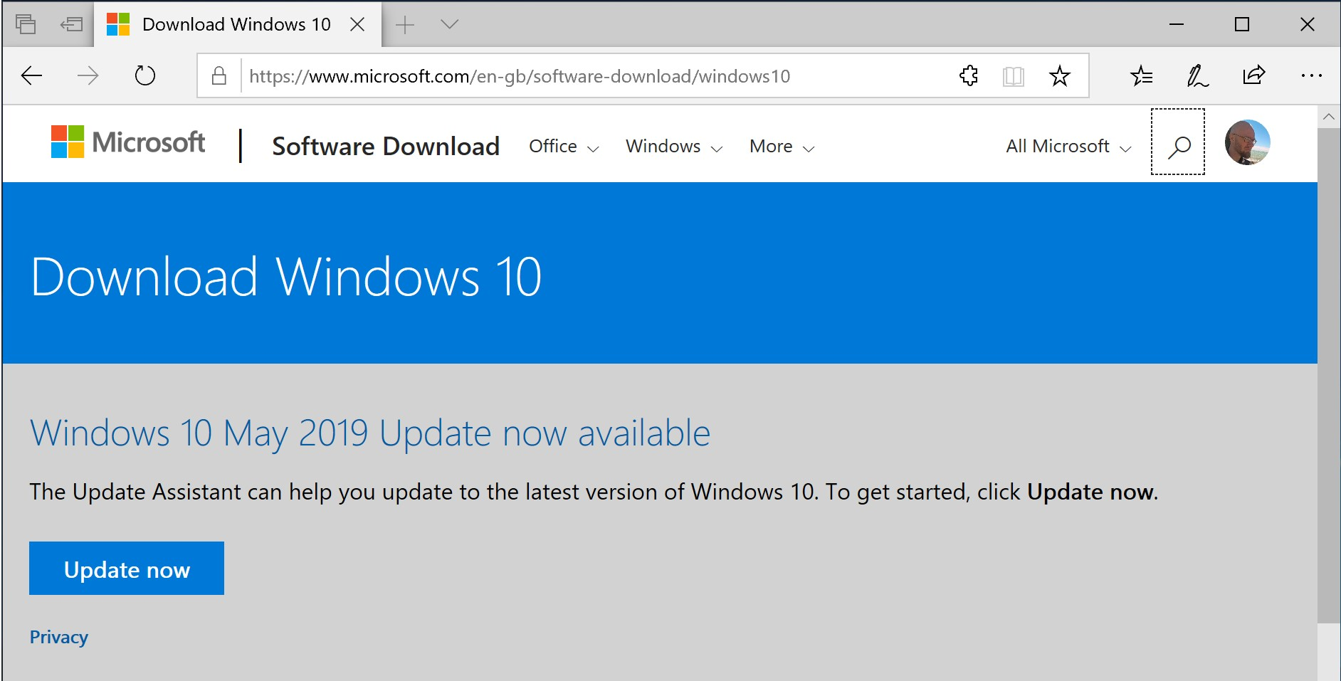 Windows 10 website showing the Update Assistant link
